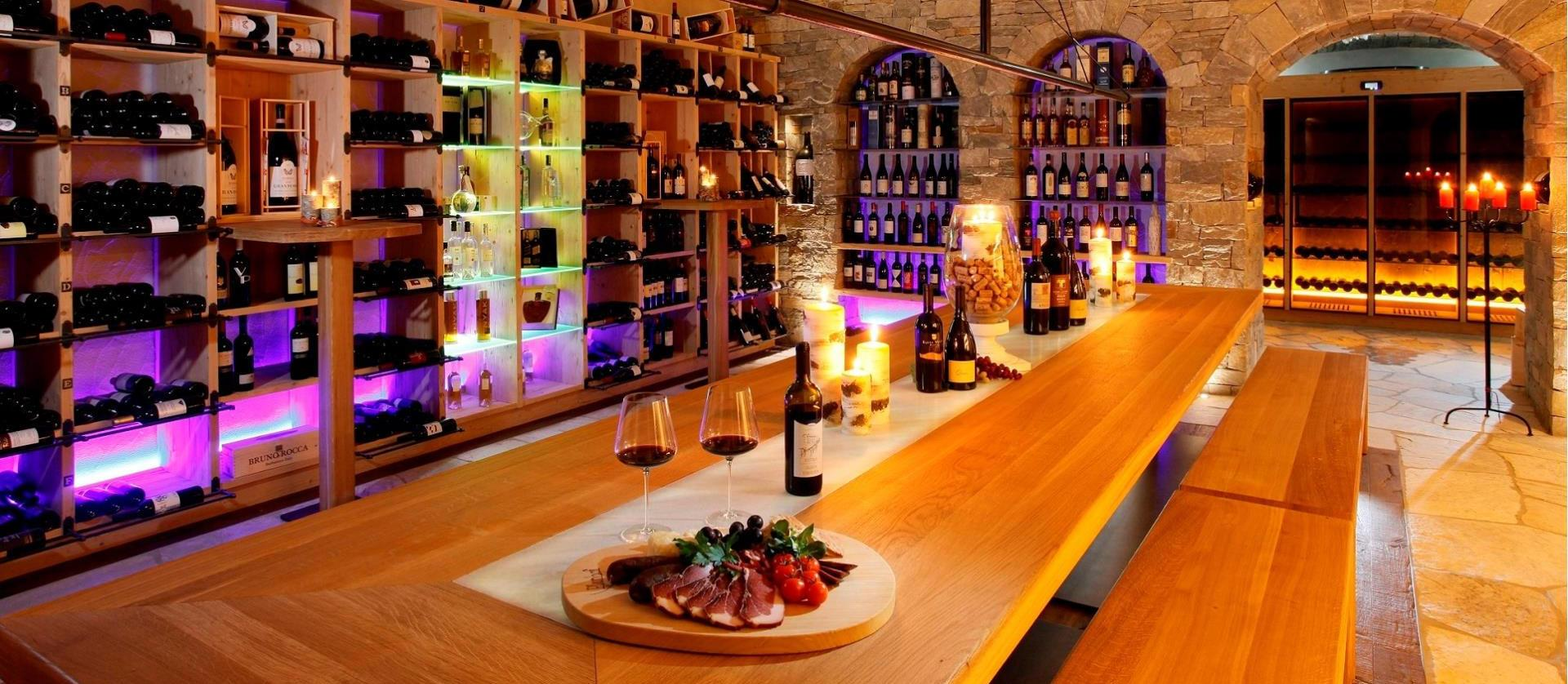 Delicious food and good wine.<br />Youre sure to be pleased!